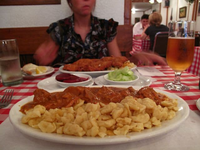 Review: Country Style Hungarian Restaurant, Toronto