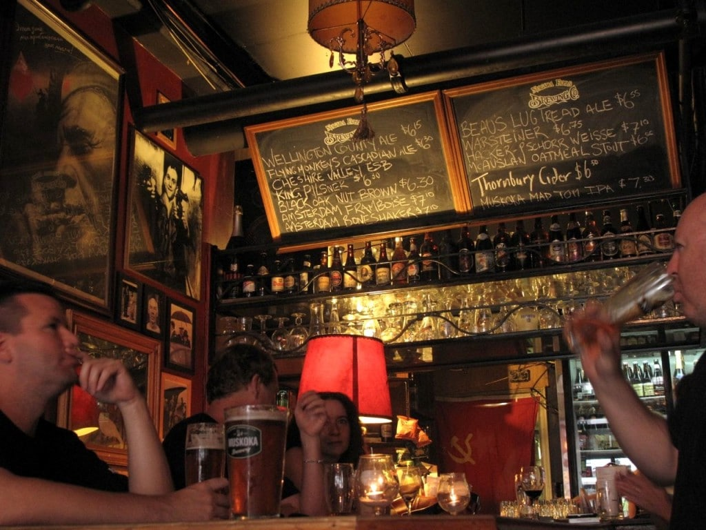 Castro's Lounge: A Beer Bar in The Beaches
