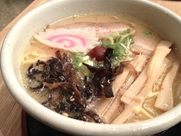 Santouka Ramen Toronto: Japanese Restaurant Near Dundas Square
