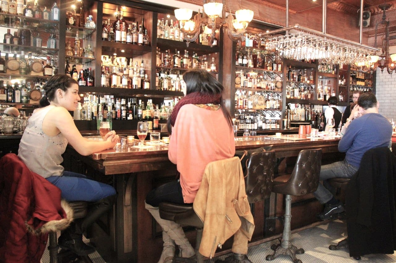 Museum Tavern is the best restaurant in Yorkville near the Royal Ontario Museum.