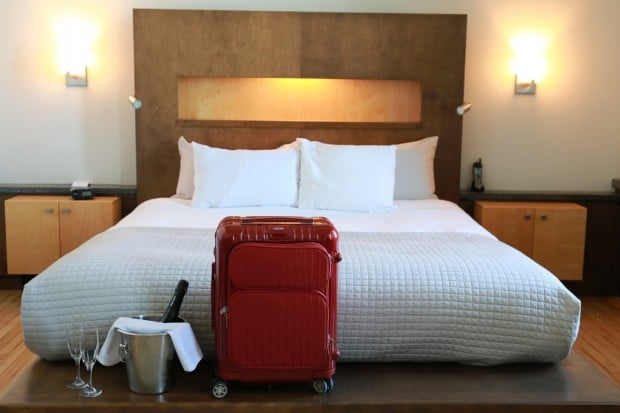 Hot Meets Cold in Quebec City with Rimowa Salsa Deluxe Hybrid