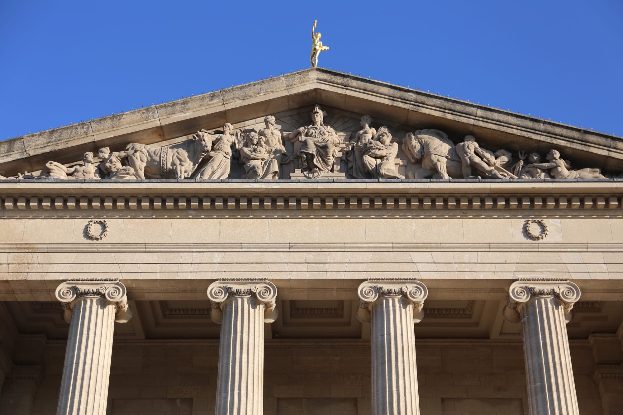 Canadian Road Trip Must-Do: Hermetic Code Tour of the Manitoba Legislative Building