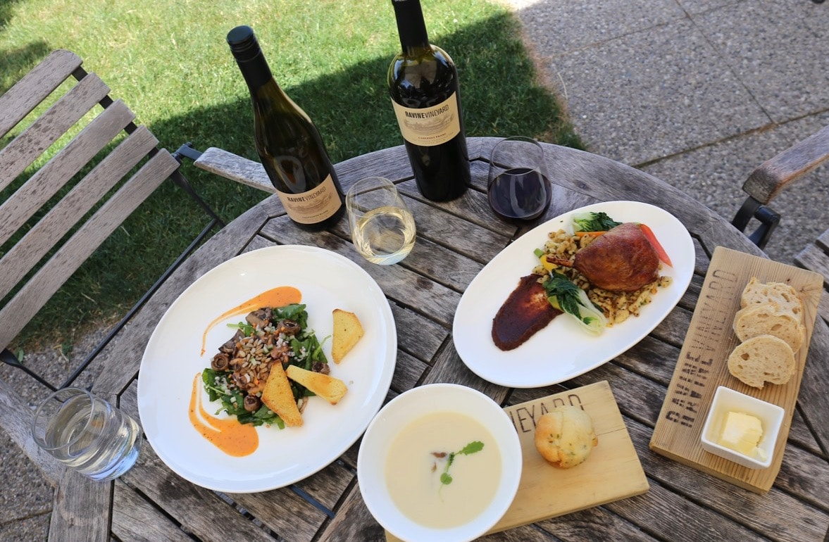 Seven Niagara on the Lake wineries feature onsite restaurants.