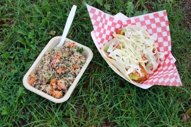 4-50-pesos-taco-smoothe-operatotr-quinoa-kale-salad