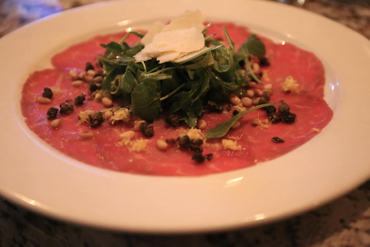 Carpaccio e Rucola at Nodo Junction.