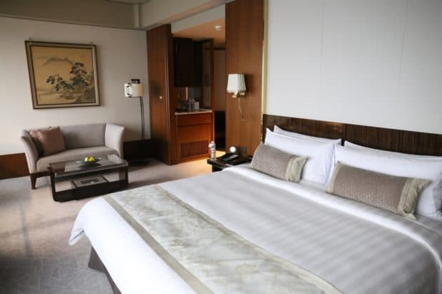 Shangri-La Far Eastern Plaza Hotel in Taipei