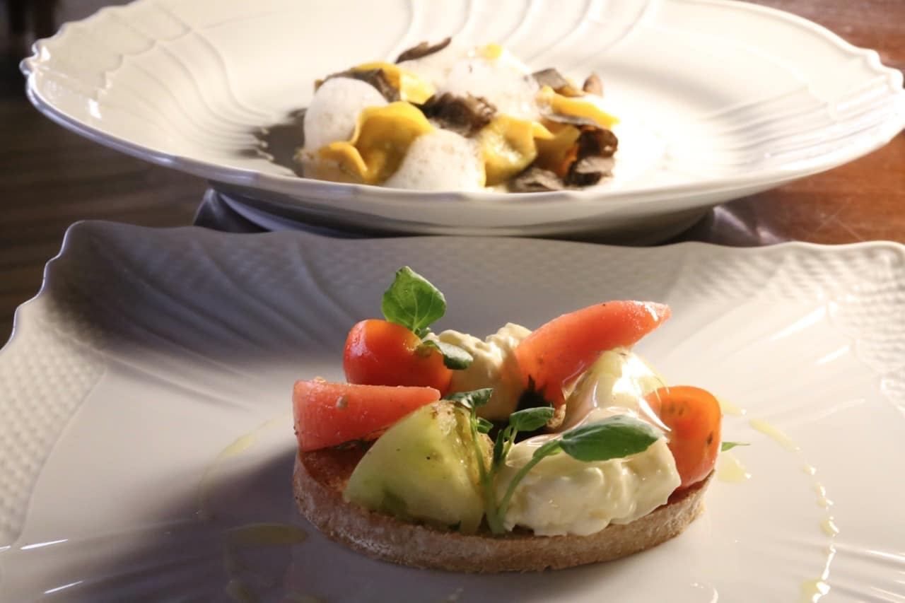 Il Ristorante-Luca Fantin serves gourmet Italian dishes in a romantic setting.