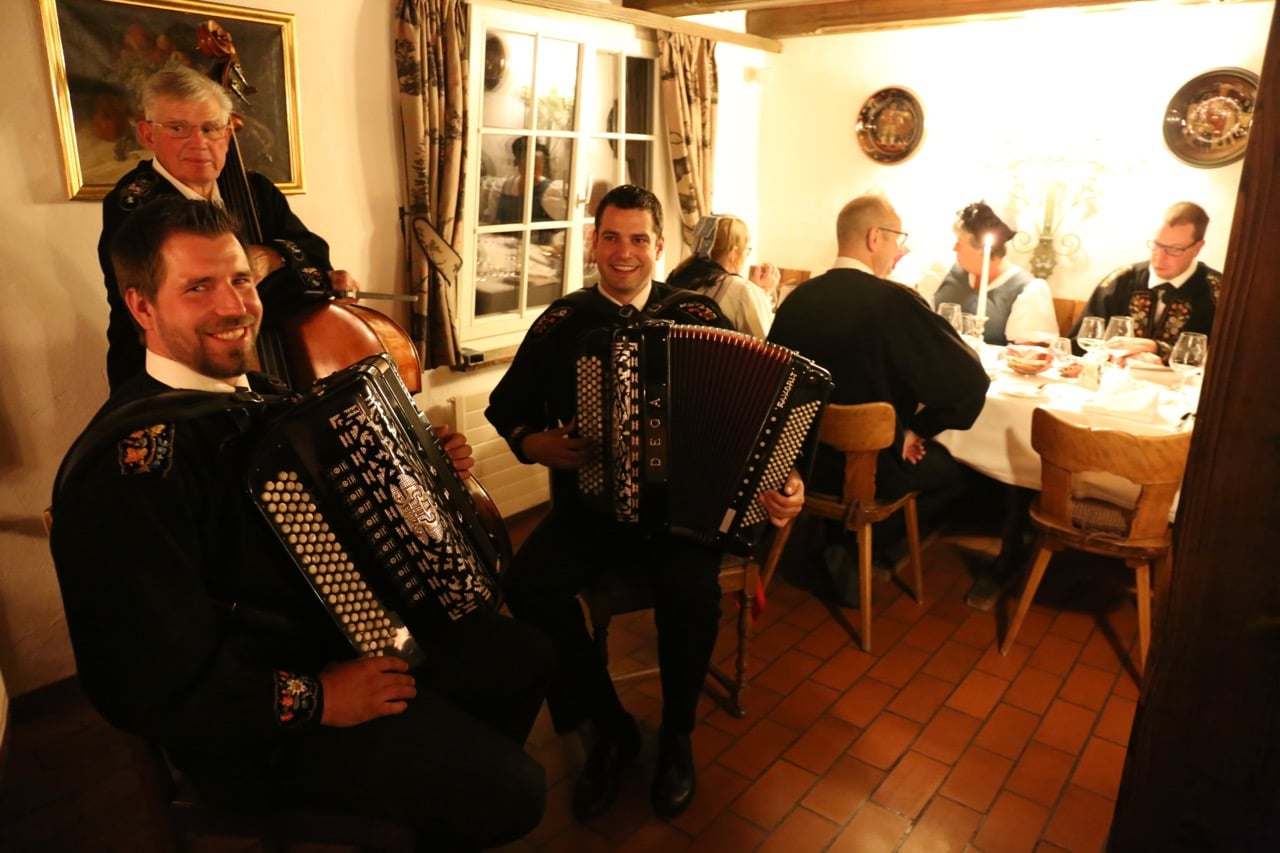 Restaurant Taverne 1879 offers traditional Swiss food and entertainment.