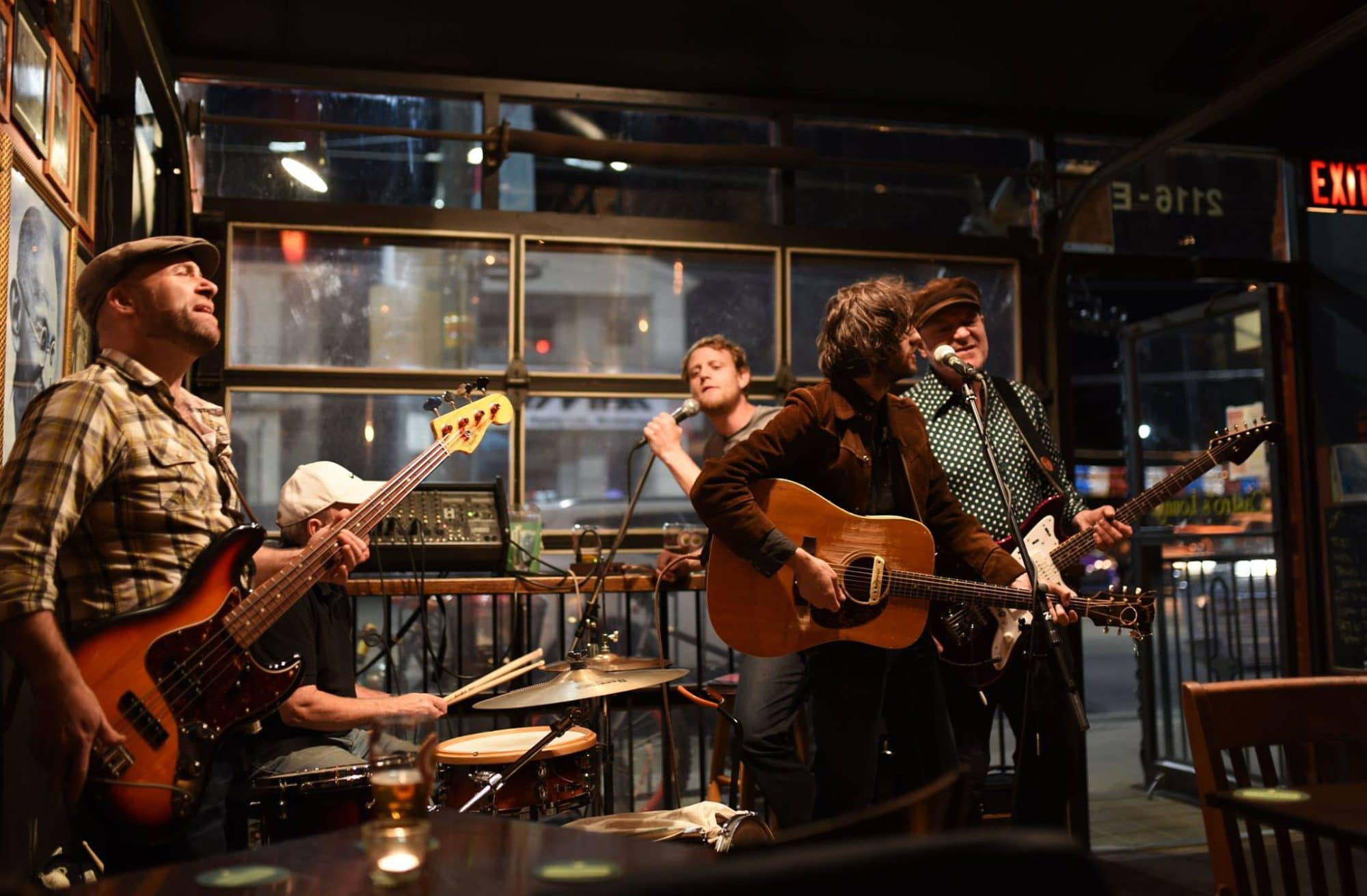 Live Music in Toronto: Jerry Leger and the Situation at Castro's Lounge.