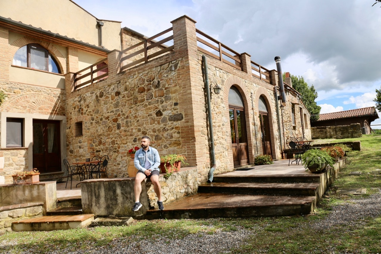 Accommodation at Agriturismo Volterra Fattoria Lischeto features pretty patios and balconies.
