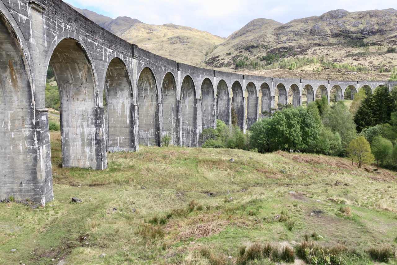 Harry Potter fans should be sure to snap a photo at Glenfinnan Viaduct.
