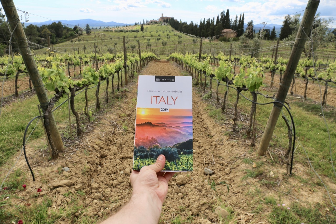 Eyewitness Travel Italy is a comprehensive companion when organizing a romantic road trip in Tuscany.