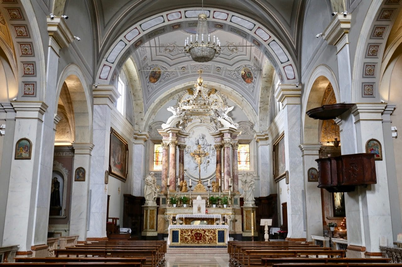 Pitligliano Cathedral offers an ornate and richly decorated interior.