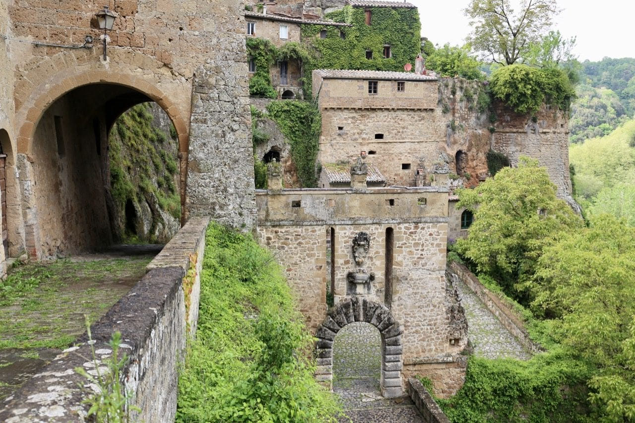 Learn about Sorano's history by exploring the village's ancient wall and entrance gates.