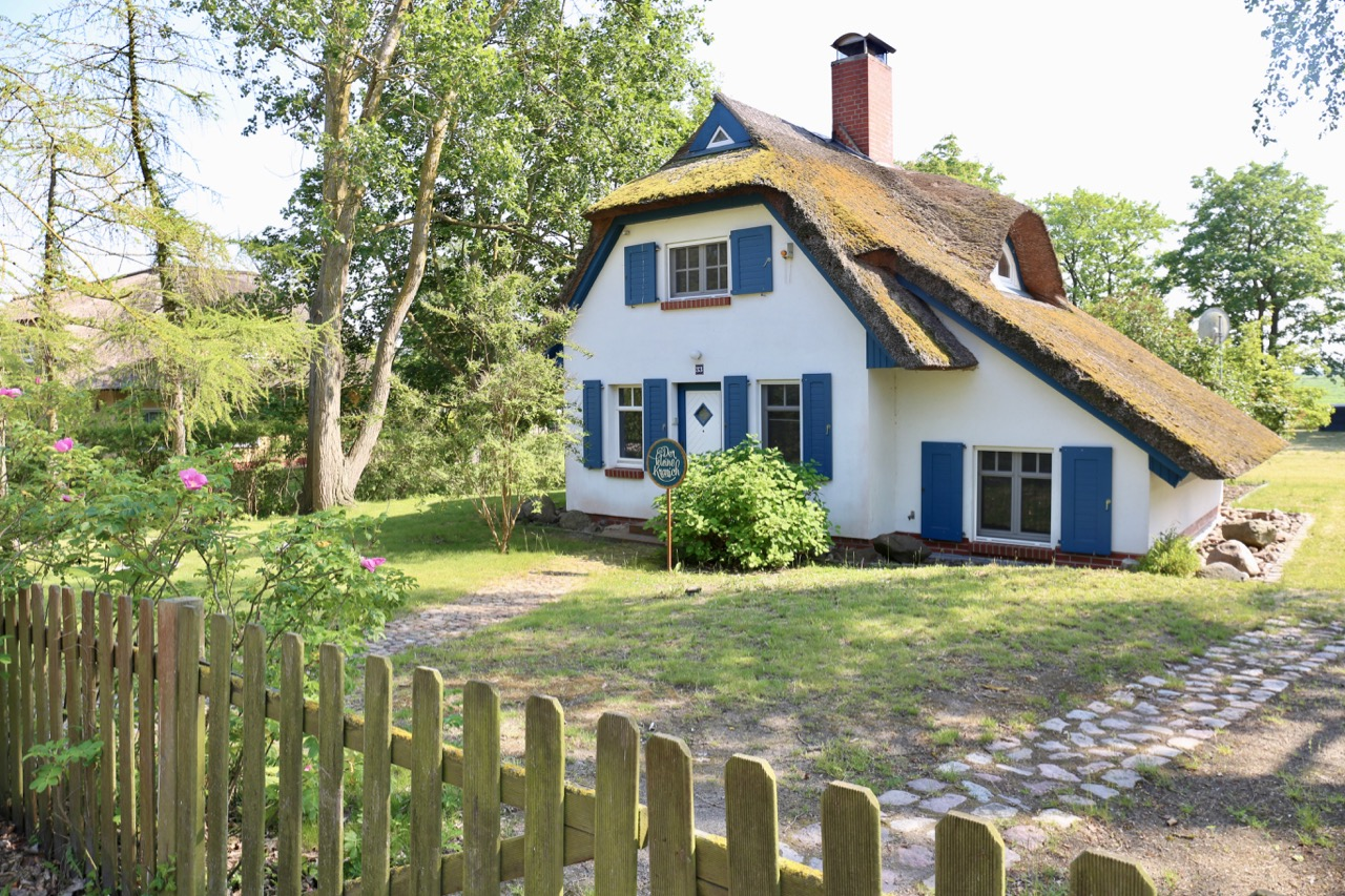 Beaches in Germany: A traditional German thatched roof cottage in Ahrenshoop.