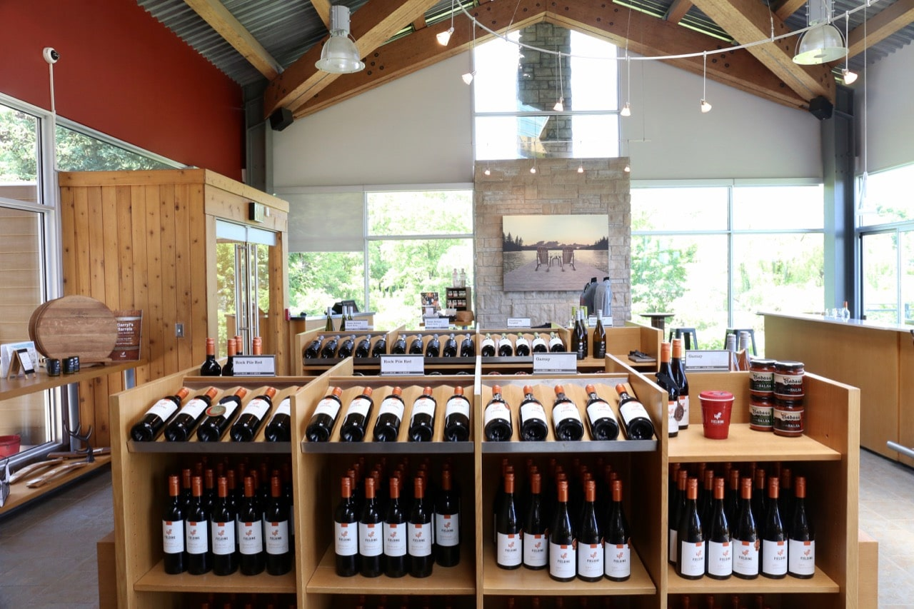 Beamsville Wineries: Fielding Estate's tasting room offers panoramic views over its vineyard.