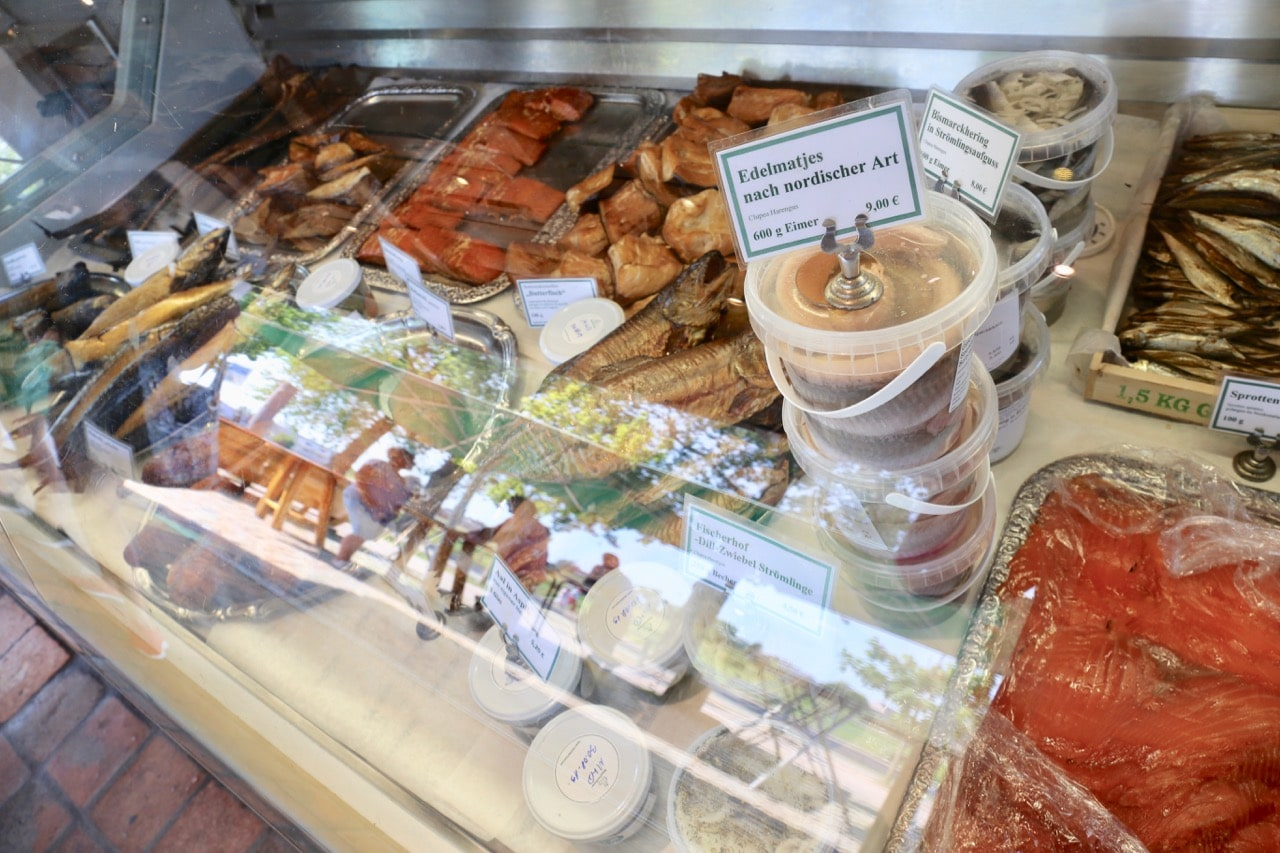 Beaches in Germany: Pack a seafood picnic at Fischkaten.