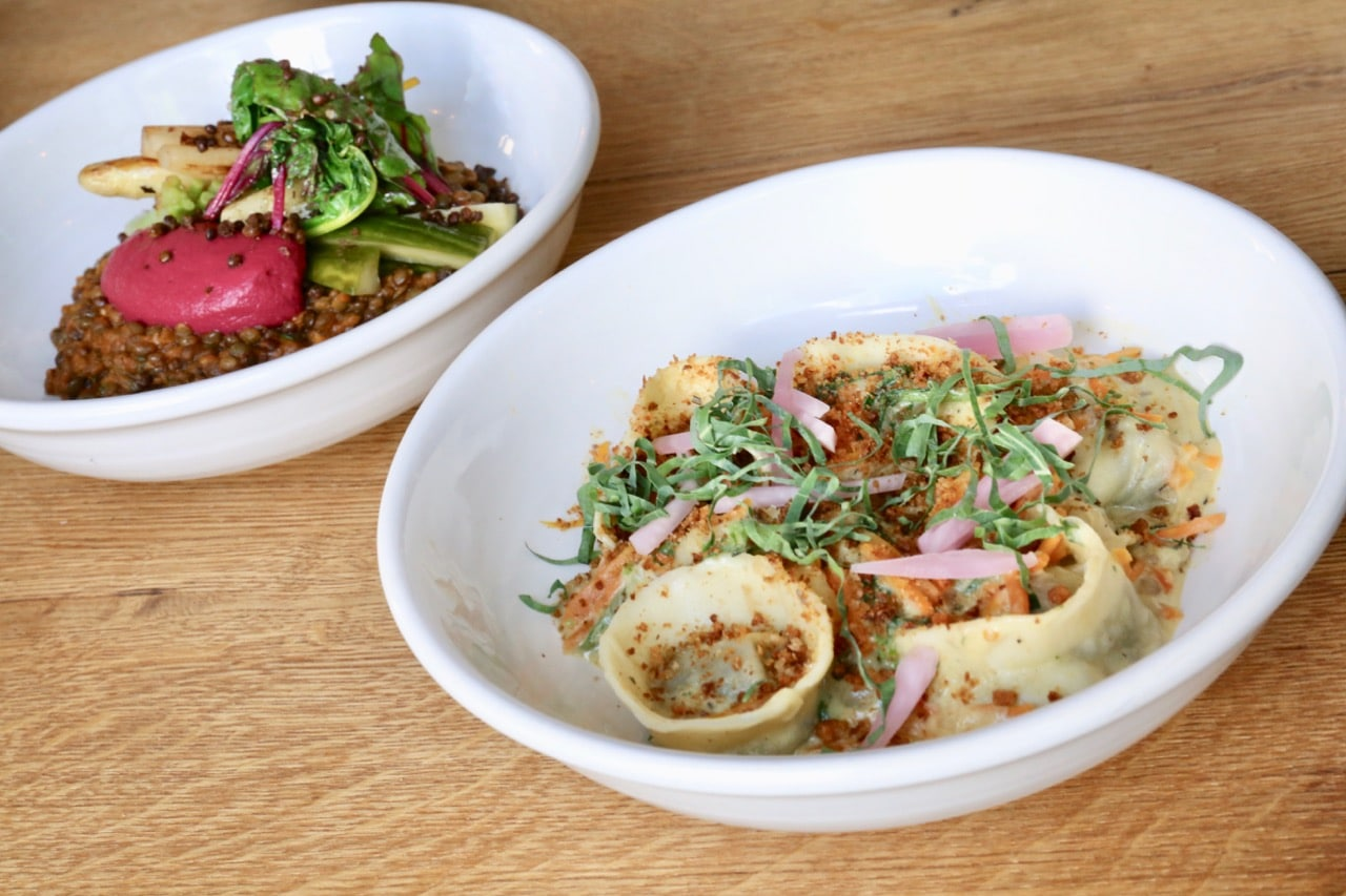 Looking for the best Berlin food for vegetarians? FREA gets creative with meat-free dishes.