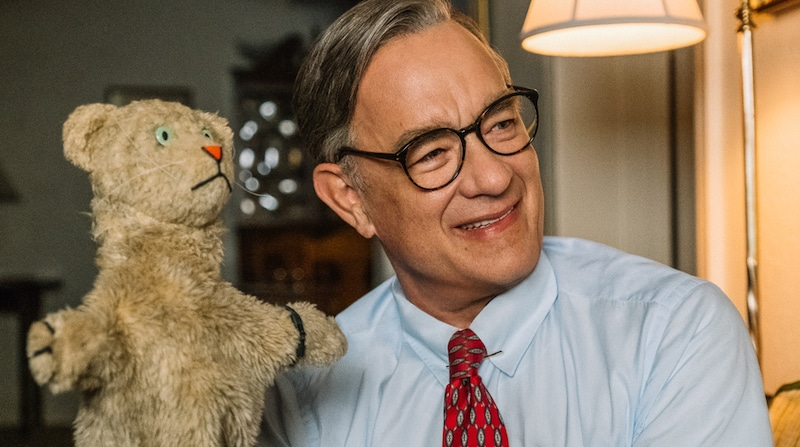 A Beautiful Day in the Neighbourhood Film Review: Tom Hanks Becomes Mister Rogers
