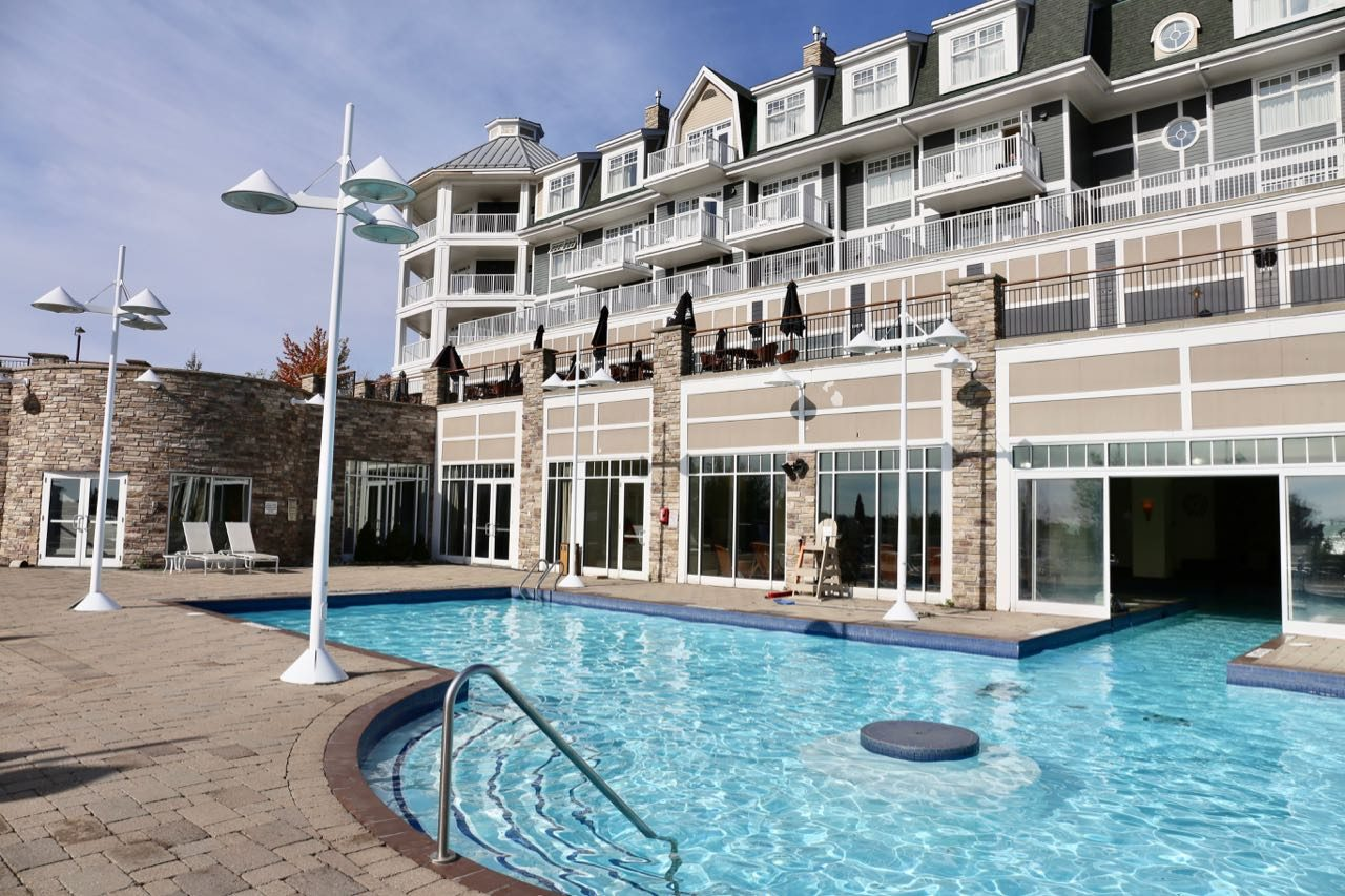 The Muskoka resort on Lake Rosseau offers several indoor and outdoor swimming pools.