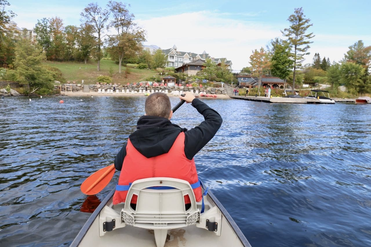 Canoeing at JW Marriott Muskoka on Lake Rosseau.