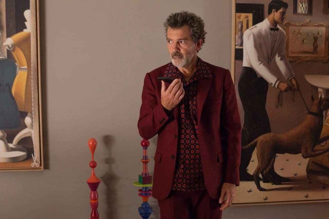 Antonio Banderas plays a gay filmmaker living in Madrid who grapples with physical and emotional pain.