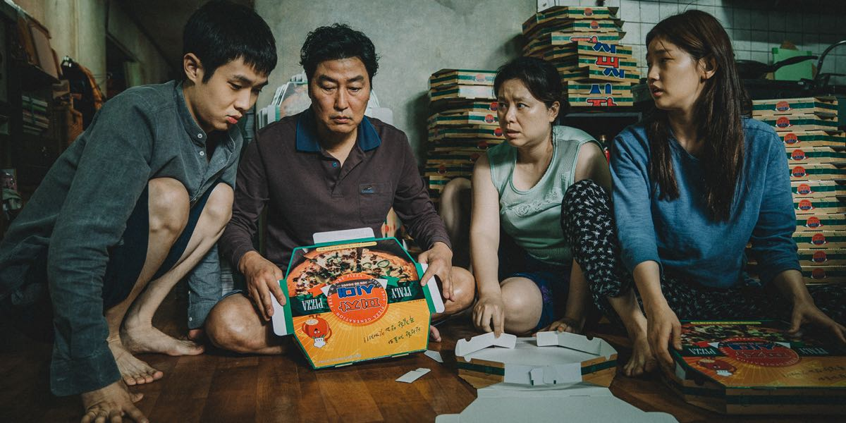 Parasite Film: A poor family in Seoul act as con artists by swindling a wealthy family.