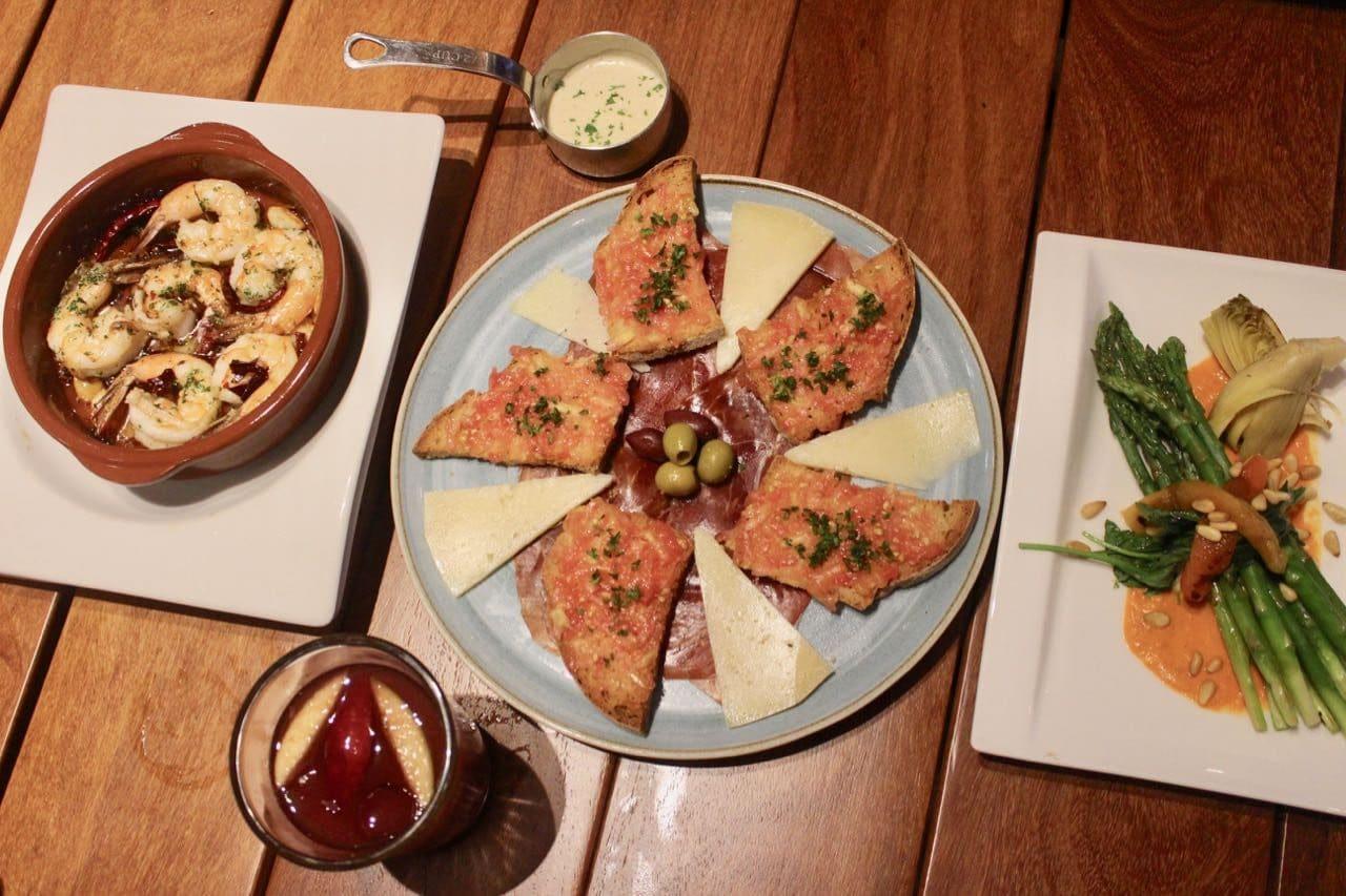 Best Restaurants in Puerto Vallarta: Enjoy Spanish cuisine at Barcelona Tapas.