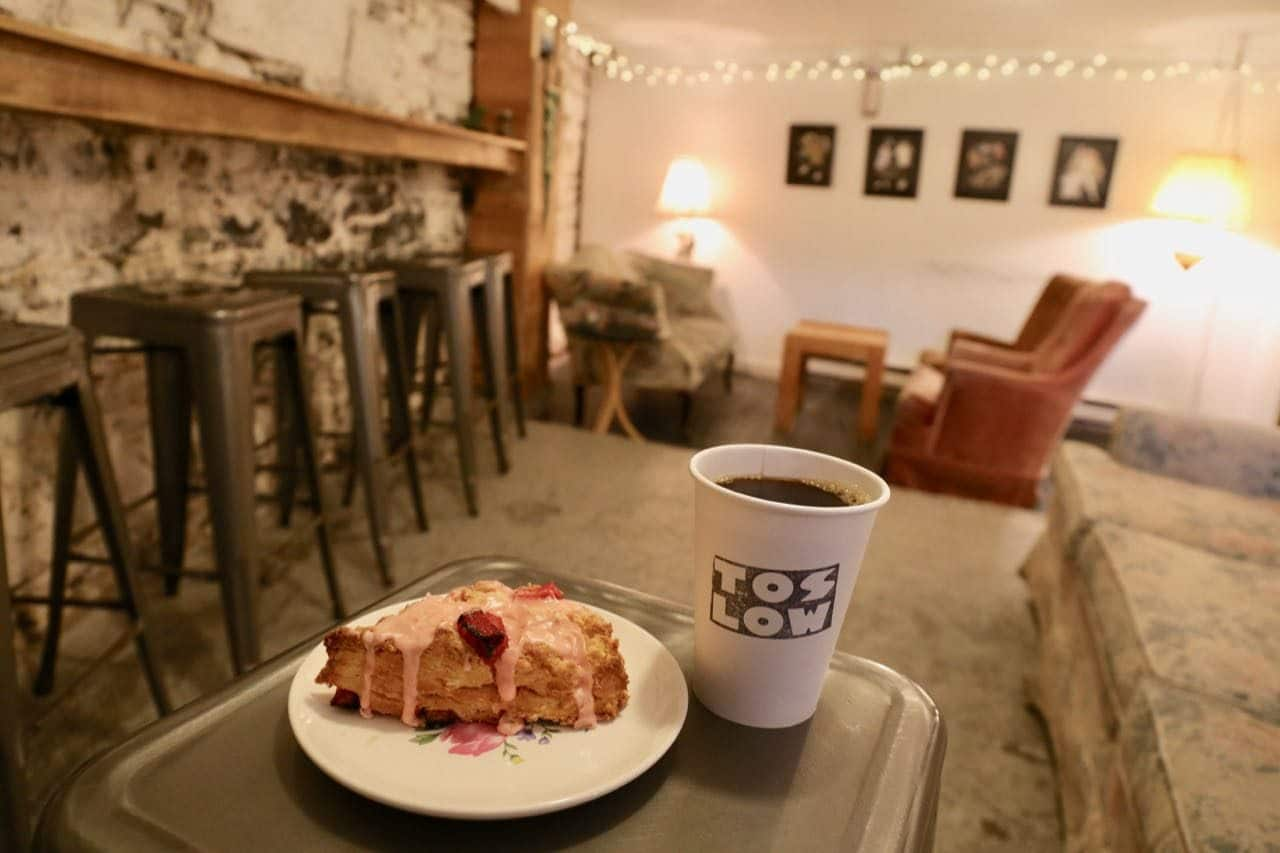 Toslow serves fresh pastries and coffee in a hipster interior.