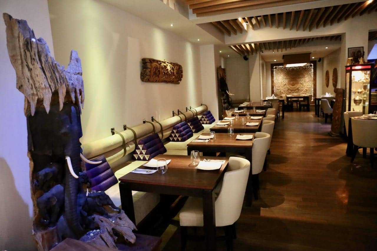 Oakville Restaurants: Enjoy a fine dining taste of Thailand at Soontorn Bahn Thai.