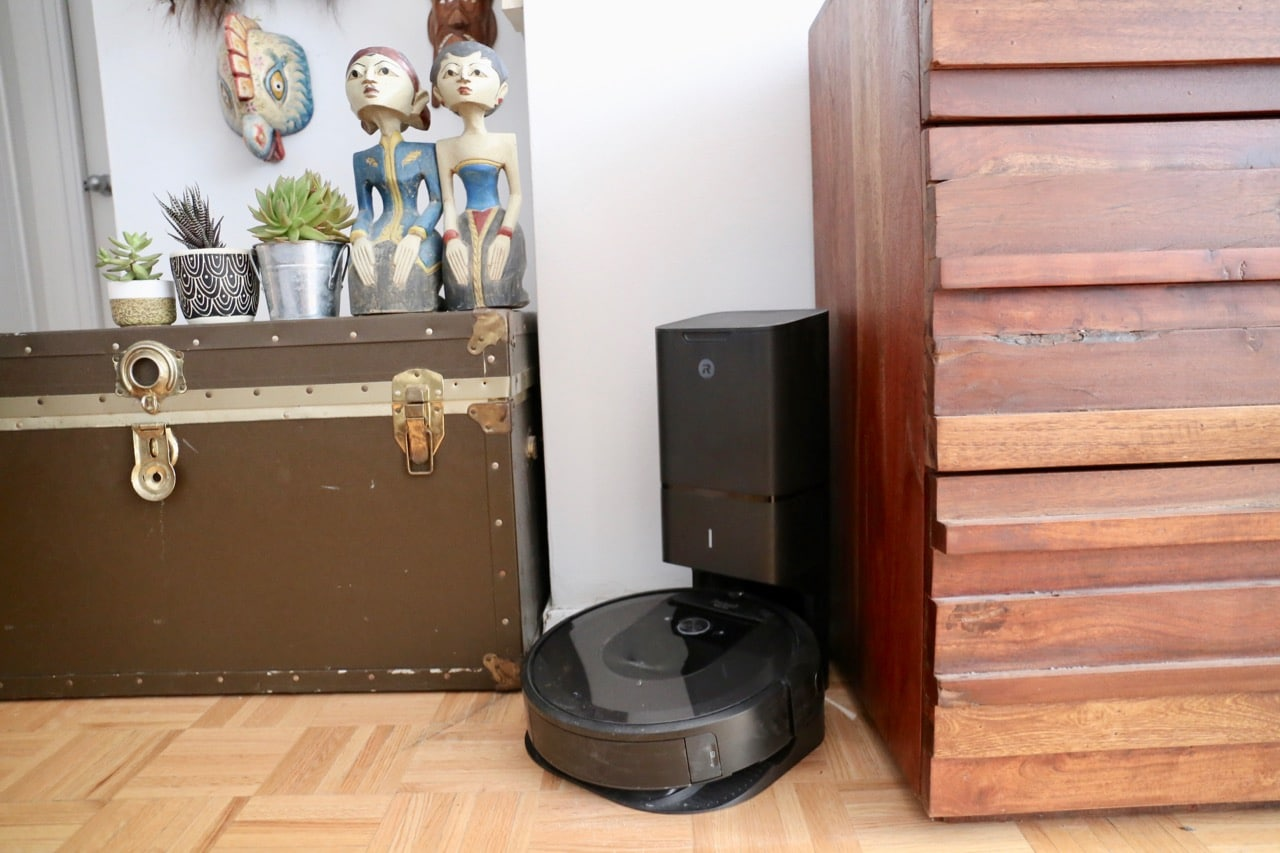 Add a Roomba Robot Vacuum to Your Family