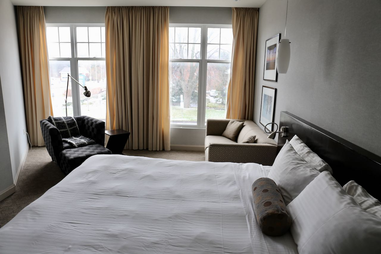 The Shaw Club is the best boutique hotel for theatre lovers visiting Niagara on the Lake.