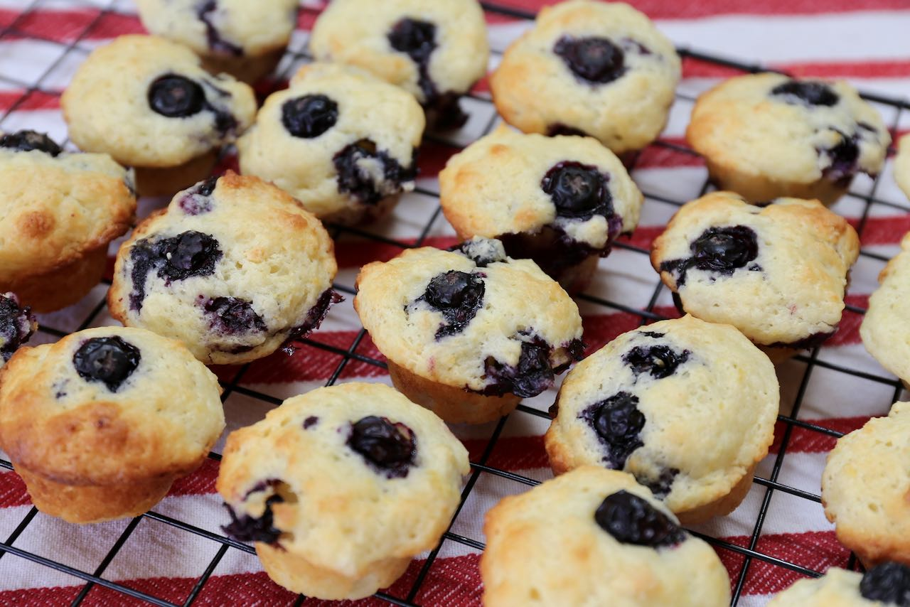 Best Homemade Mini Blueberry Muffins Recipe