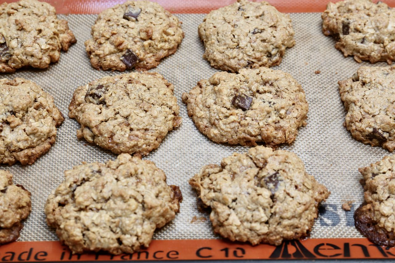 Best Oat Flour Cookies with Chocolate Chips