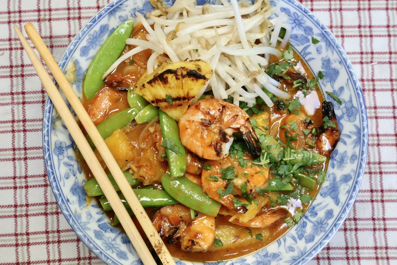 We love serving this Thai Prawn Curry at dinner parties and summer barbecues.