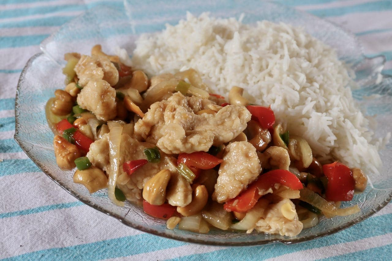 Gai Pad Med Mamuang is a healthy lunch or quick & easy dinner idea.
