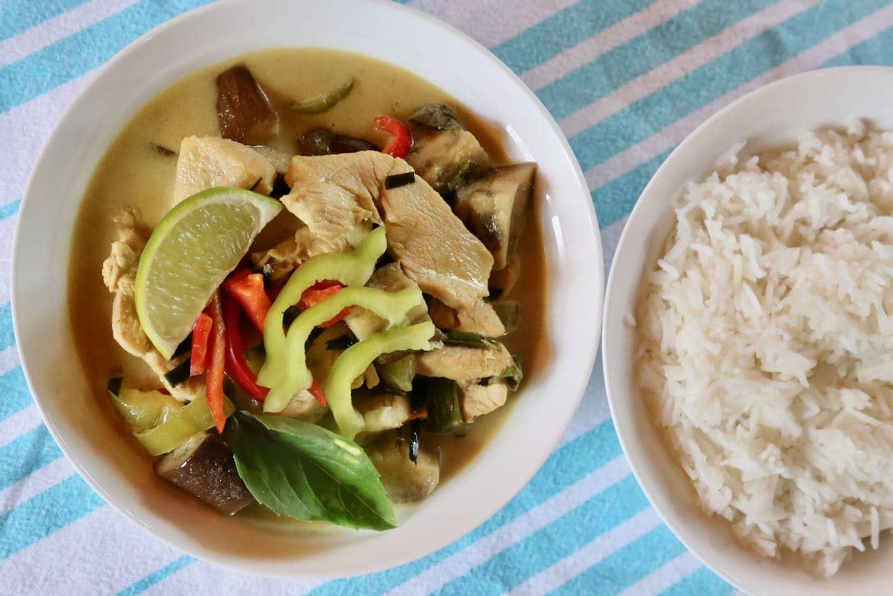 Serve Gaeng Keow Wan with Thai coconut rice.