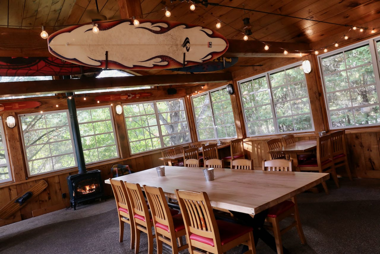 Port Carling Restaurants: Bass Lake RoadHouse is a popular pub in Foot's Bay.