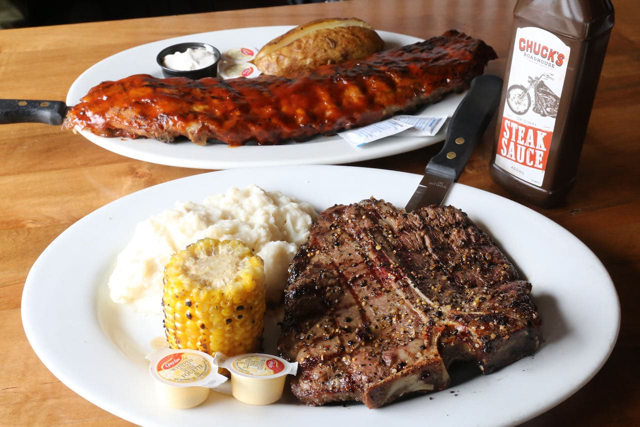 Huntsville Restaurants: Chuck's Roadhouse is a family friendly restaurant serving barbecue.