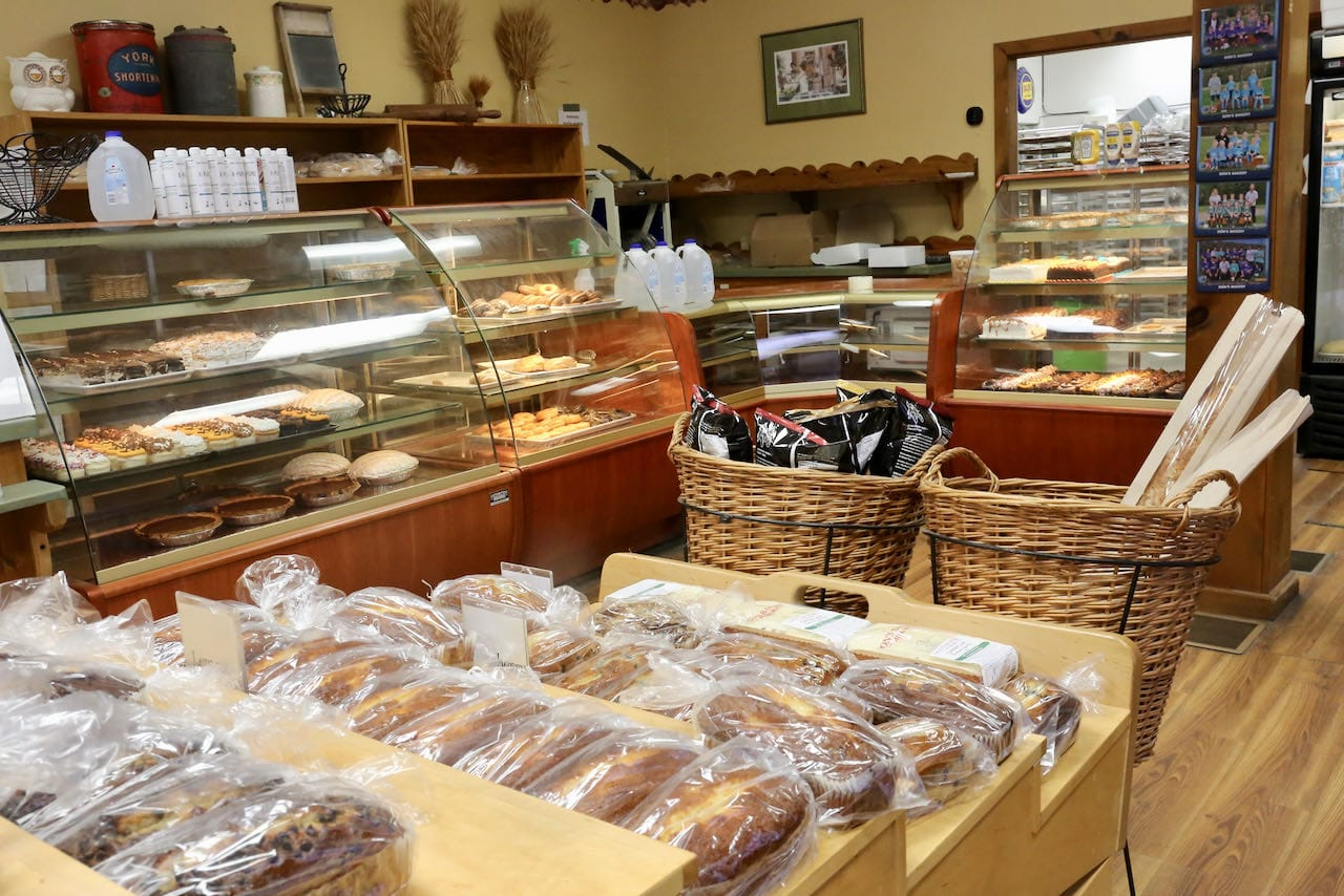 Don's Bakery is the best bake shop near Port Carling in Bala.