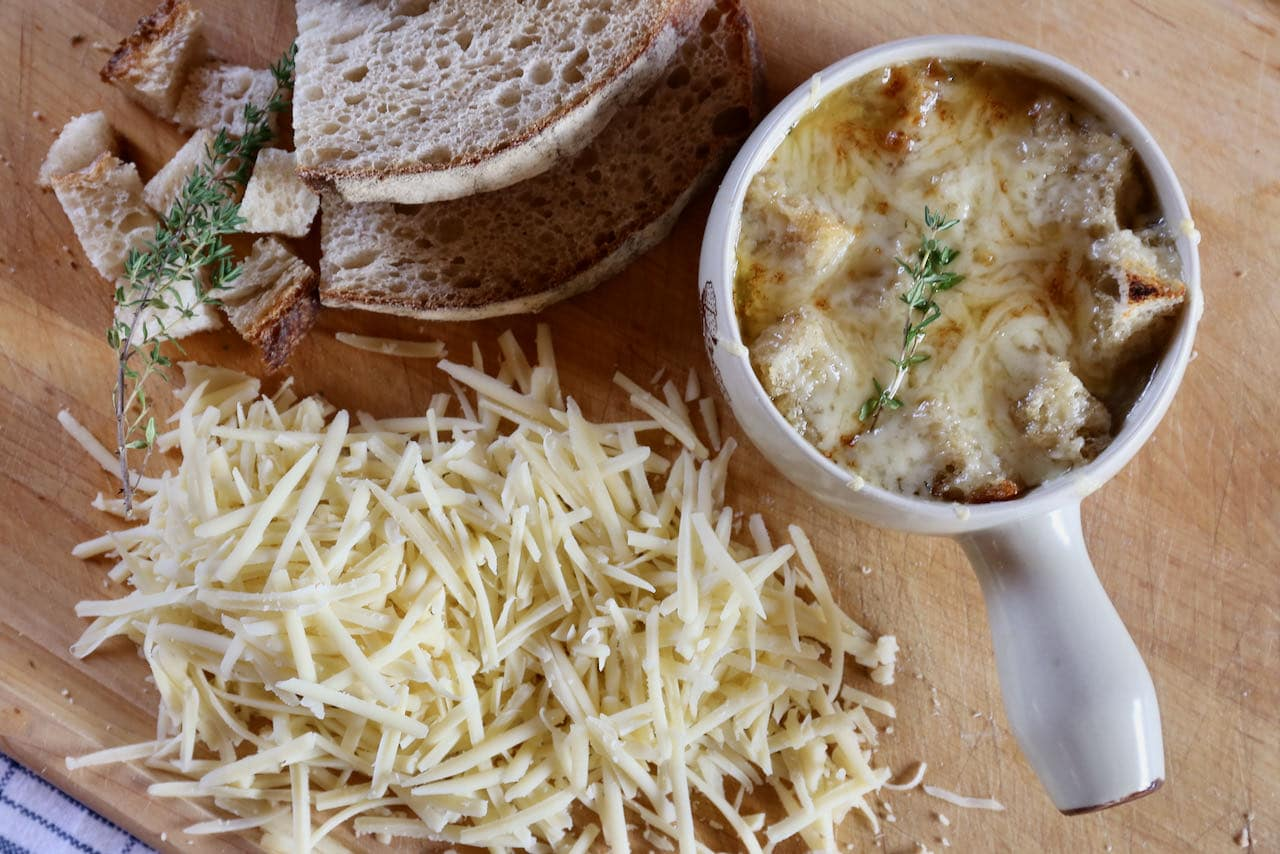 We love enjoying a hot bowl of Vegetarian French Onion Soup on a cold Fall or Winter day.