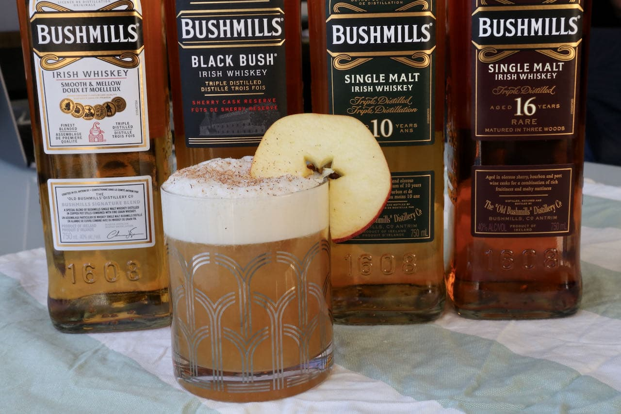 Bushmills Cocktail: Irish Whiskey and Apple Juice Recipe