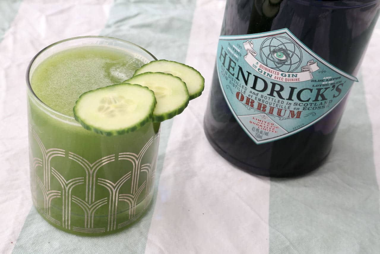 Healthy Cucumber Gin and Tonic Cocktail Recipe