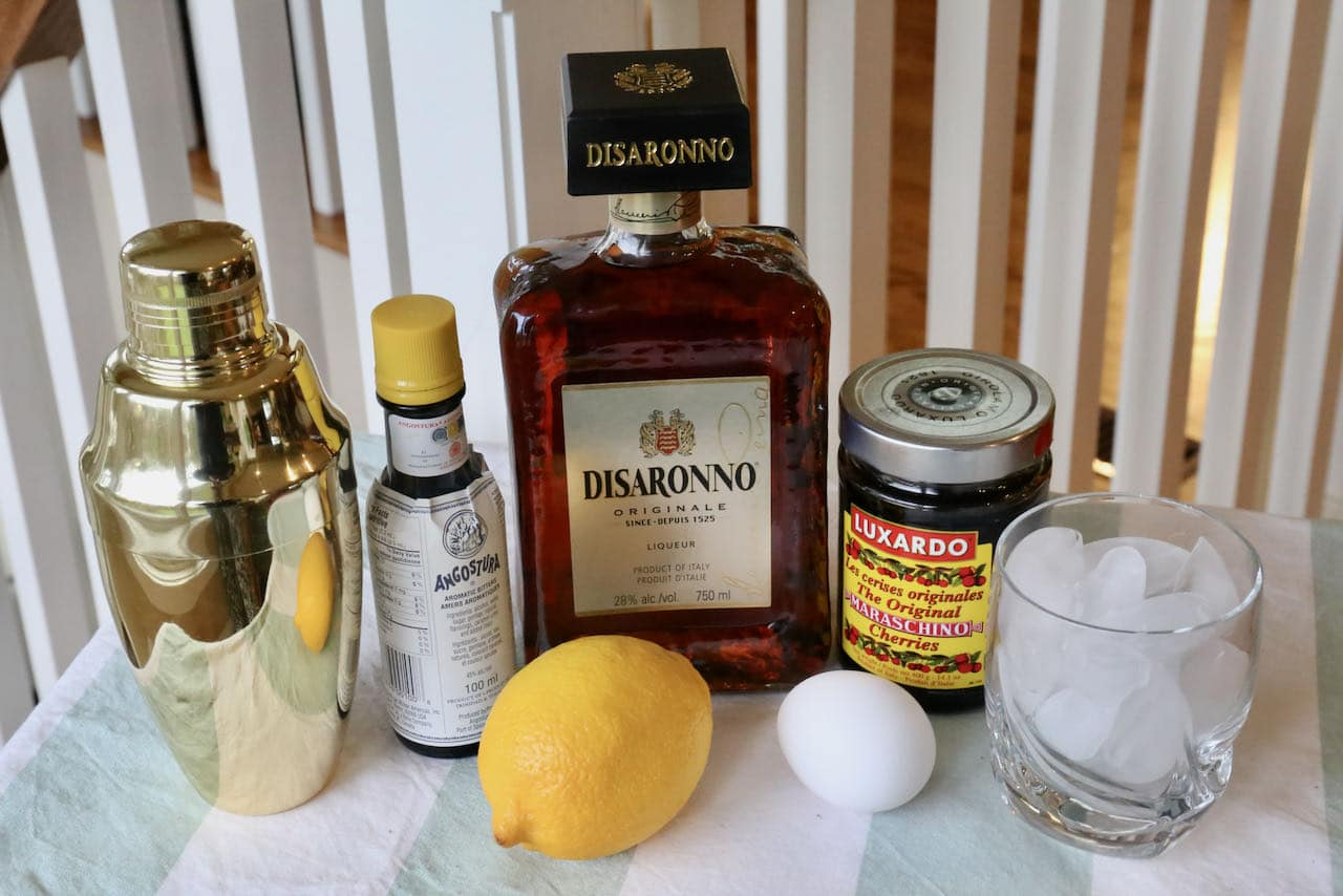 Disaronno Sour ingredients.
