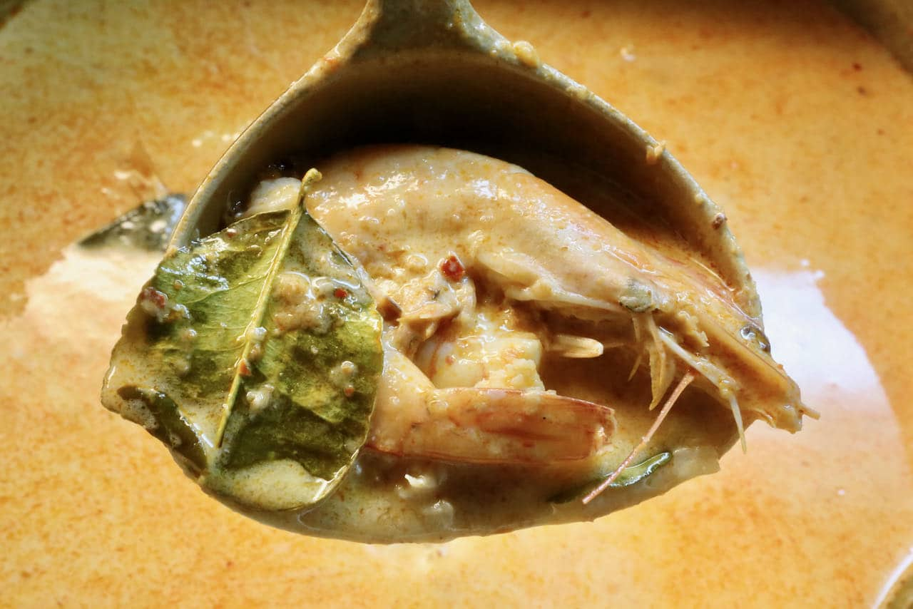 Cook the shrimp with the shell on to add additional flavour to your homemade Seafood Laksa.