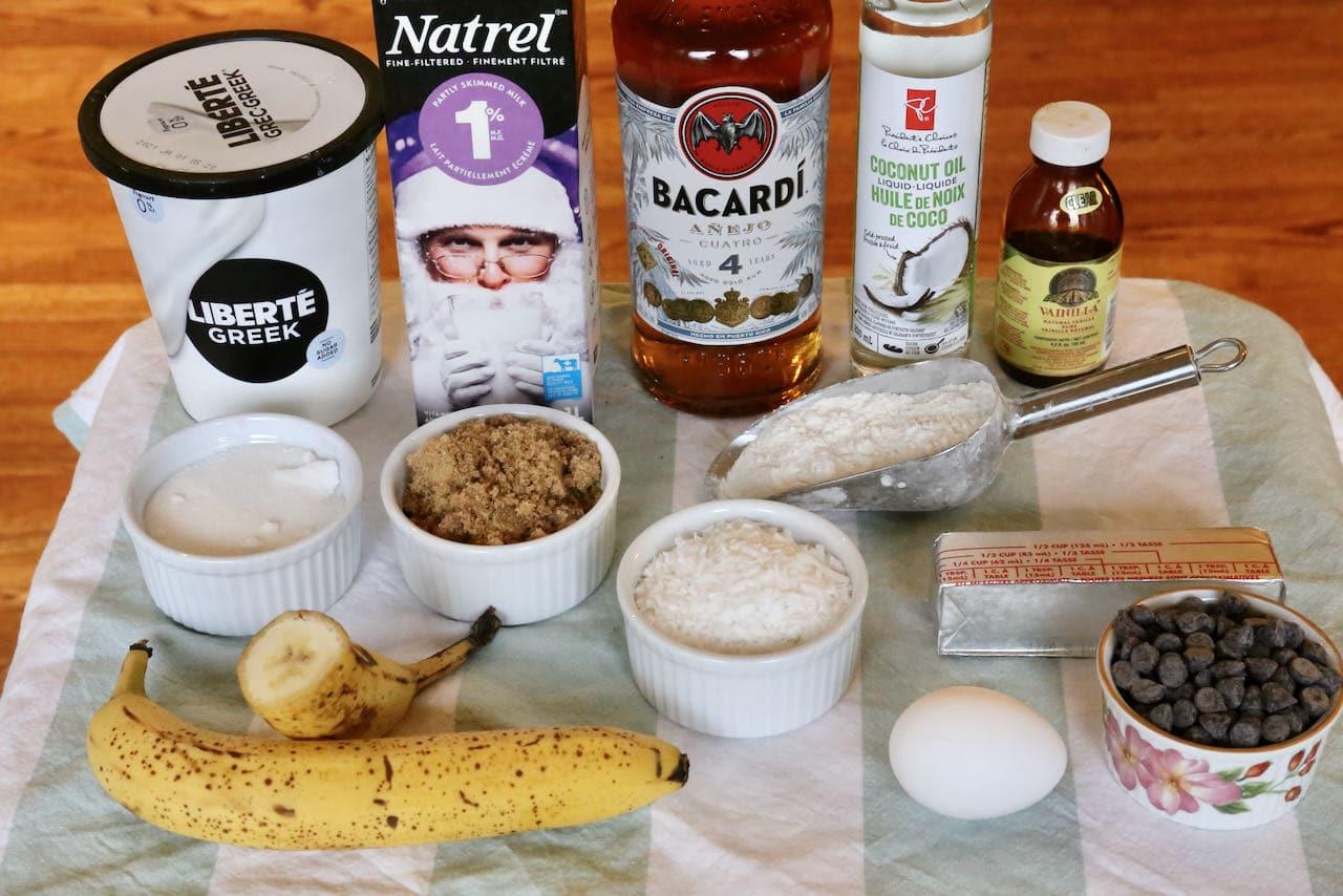 Banana Bread Bundt recipe ingredients.