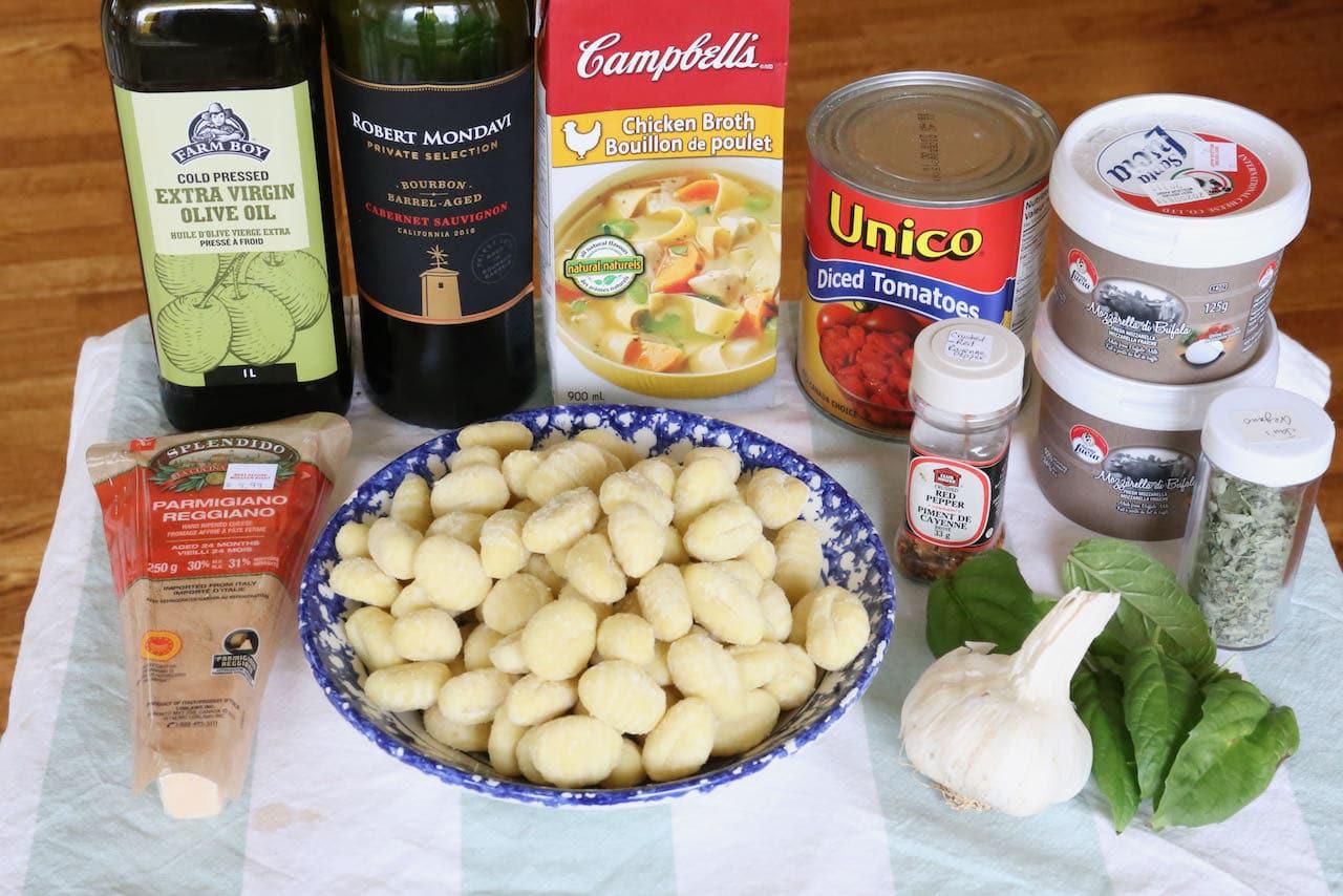 Easy Caprese Gnocchi Bake recipe ingredients.