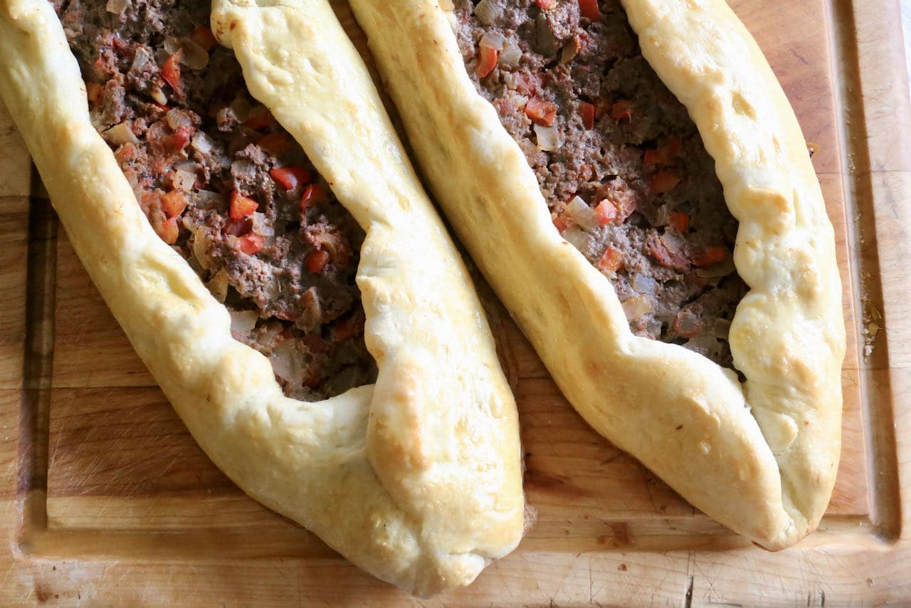 Kiymali Pide Spiced Minced Meat Turkish Pizza Recipe