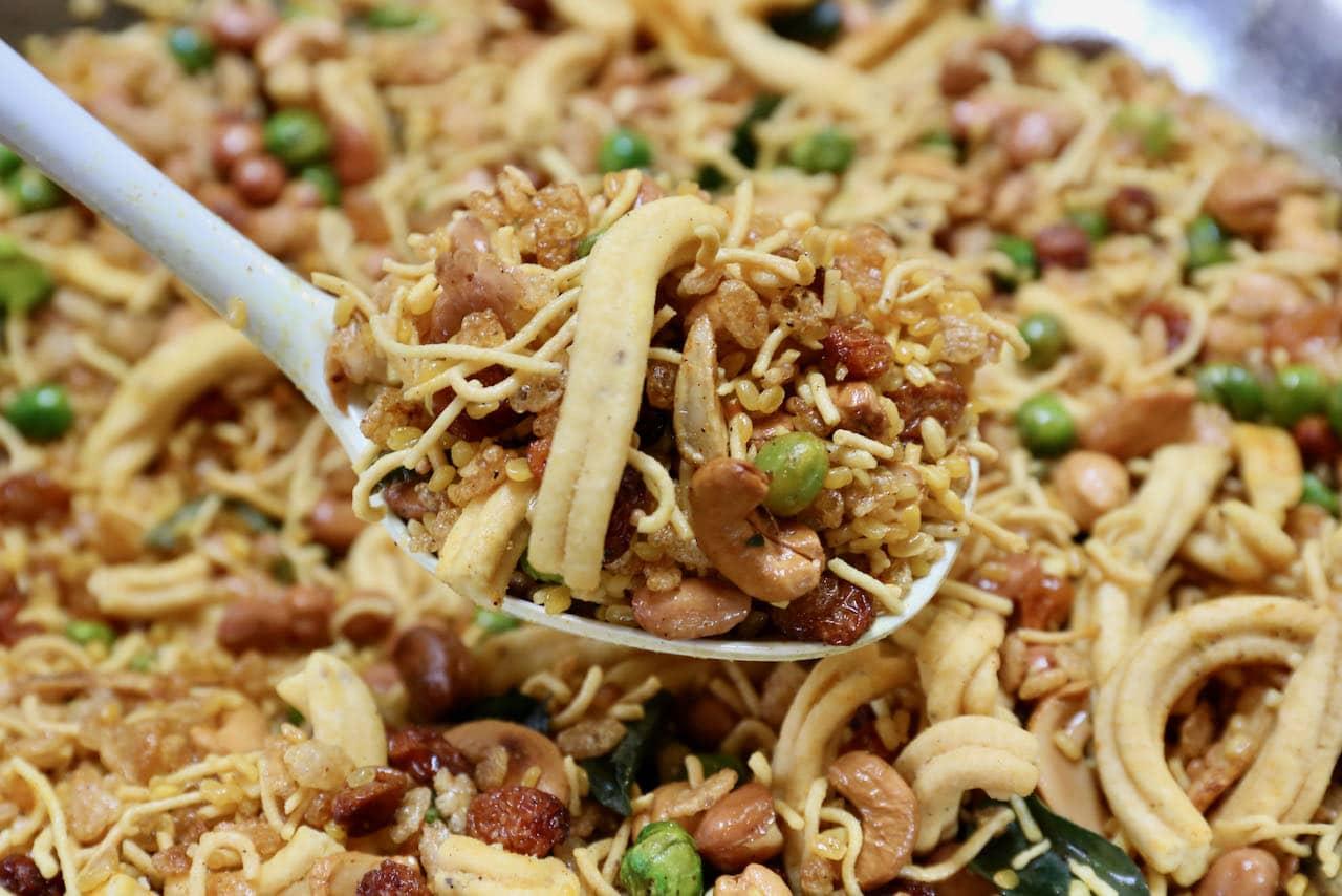 Chanachur Chivda Bombay Mixture Namkeen Recipe
