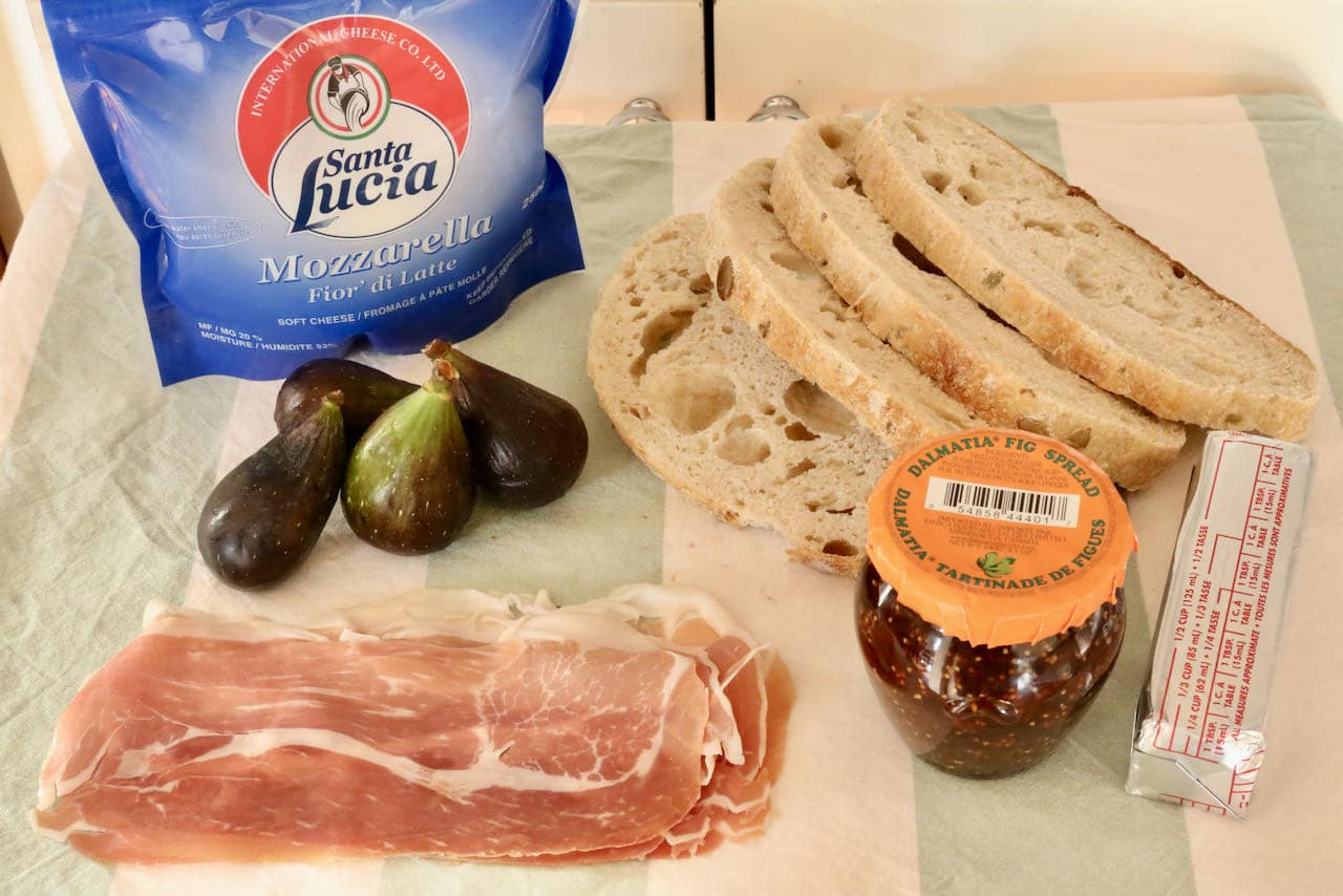 Fig Prosciutto Grilled Cheese Sandwich ingredients.